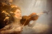 jtaqua_underwater_violin_viven_2016
